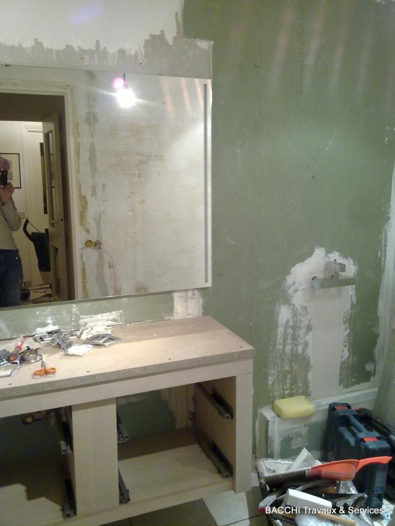 Encastrement du miroir : tout est dans la finition