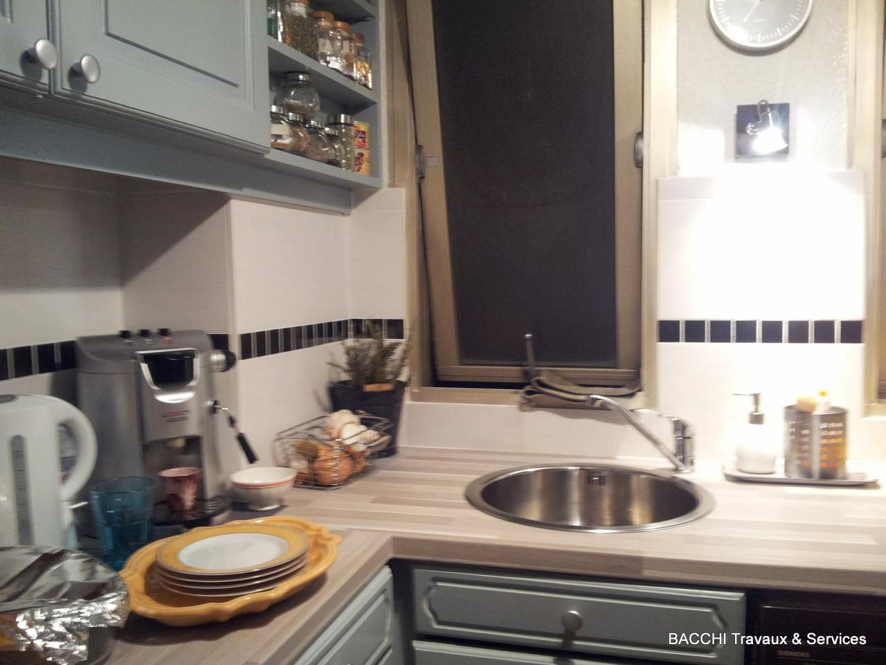 moderniser une cuisine. Black Bedroom Furniture Sets. Home Design Ideas