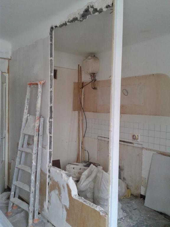 Découpe partielle du mur